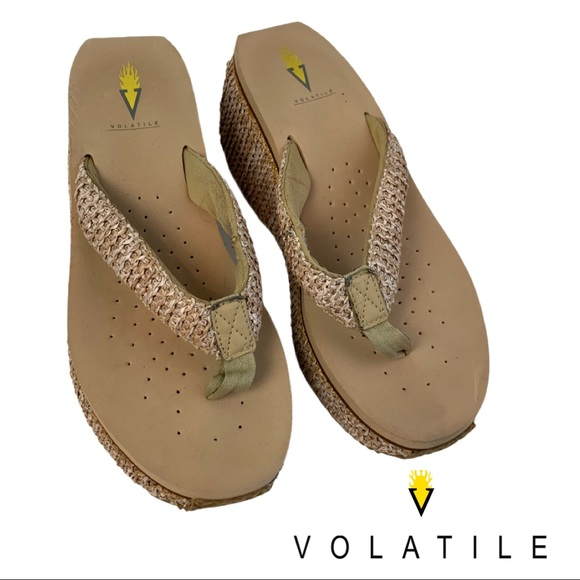 Volatile Lexie Thong Platform Natural Sandal